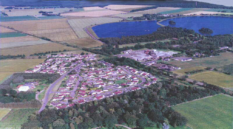 Search for 'hotspots' on this aerial view of the Monikie Village area to see links, or photographs at ground level.